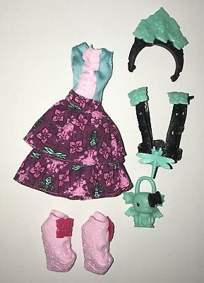 Monster High Party Ghouls Rochelle Goyle Fashion Doll Outfit Dress & Shoes NEW