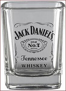 Jack-Daniels-Whisky-Shot-Glass-Officially-Licensed-Jack-Daniels-Barware