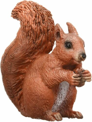 EATING SQUIRREL by Schleich/ toy/ 14684/ NEW with tag/ RETIRED