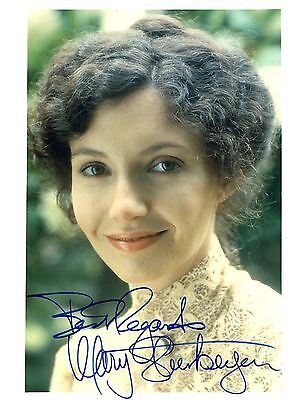 Mary Steenburgen  Actress  Oscar Winner Autographed Signed 8X10 Photo  With Coa
