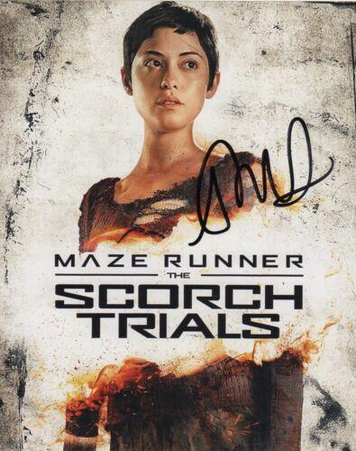 Rosa Salazar Maze Runner Autographed Signed 8x10 Photo COA #J1