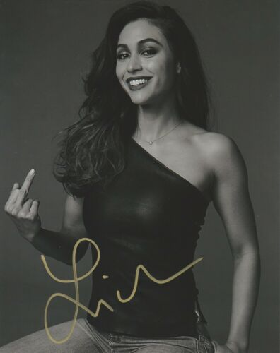 Lindsey Morgan Sexy The 100 Autographed Signed 8x10 Photo COA EG439