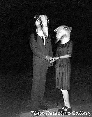 Weasel Costume (Freaky Halloween Costumes - Human Weasels - Historic Photo)