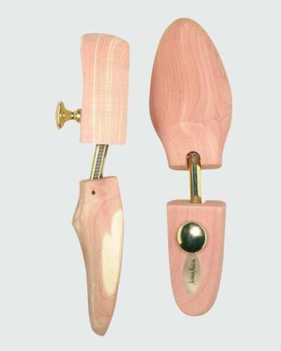 Neiman Marcus Rochester Cedar Wood Shoe Trees - Size Medium US8~US10 Made in USA