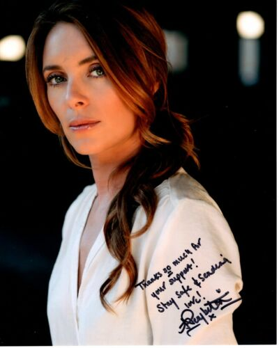 AMY PEMBERTON signed autographed 8x10 photo GREAT CONTENT