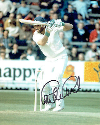 Graeme GOOCH Signed Autograph 10x8 Photo AFTAL COA ENGLAND Cricket Legend