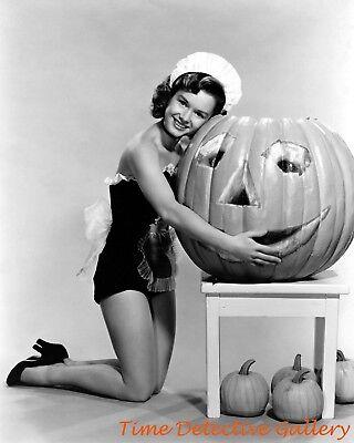 Halloween Pin-up Girl Actress Debbie Reynolds - Vintage Photo Print (Debbie Reynolds Halloween)