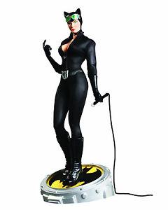 Catwoman-Batman-Museum-1-4-Scale-DC-Comics-Deluxe-Statue-New
