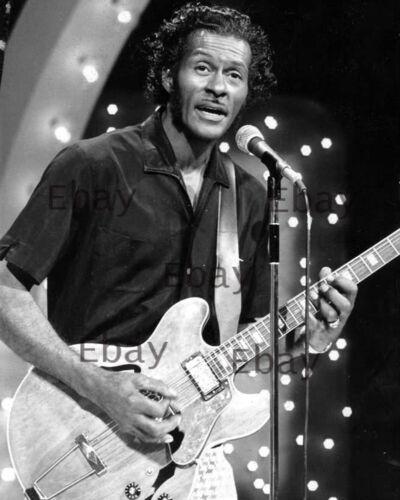 Chuck Berry Midnight Special 1973 - 8X10 Photo Reprint