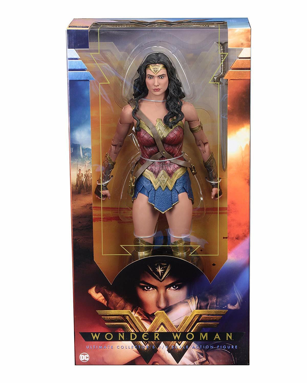 NECA Wonder Woman  1/4 Scale Action Figure