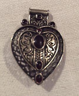 Afghan Heart Pendant/Brooch