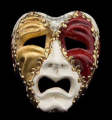 - Weiße Tragödie Maske
