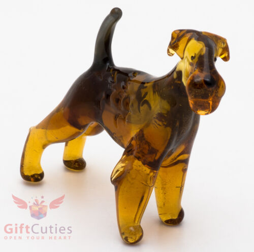 Art Blown Glass Figurine of the Airedale Terrier dog