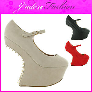 NEW-LADIES-MEGA-PLATFORM-LOW-HEEL-LESS-SPIKE-STUDS-GAGA-SANDALS-SIZES-UK-3-8
