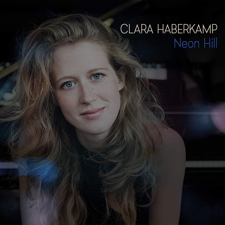 Clara Haberkamp im radio-today - Shop