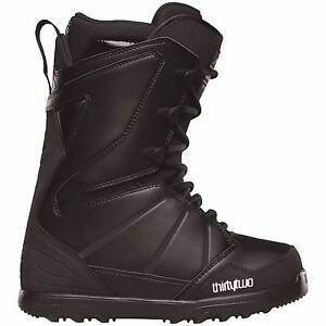 Thirtytwo (32) Lashed Snowboard Boots 2016 - black 10 West Wollongong Wollongong Area Preview