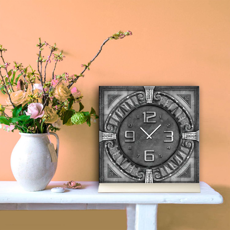 Ando Wohndesign: Tischuhr 30cmx30cm Inkl. Alu-Ständer -antikes Design