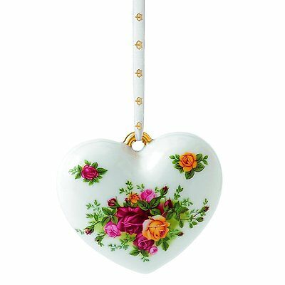 NIB Royal Albert Old Country Roses Heart Christmas ornaments Brand New](Country Christmas Ornaments)