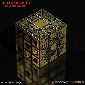 Hellraiser-Lament-Configuration-Puzzle-Cube-Prop-Replica-Mezco-Hell-On-Earth