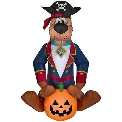 Halloween Inflatable Pirate Scooby Doo w/ Pumpkin By - Scooby Doo Halloween Yard Decorations