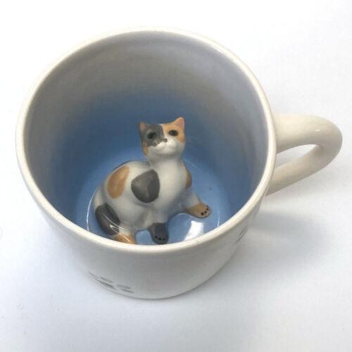 Ceramic Calico Cat Peekaboo Coffee Mug with Paw Prints 10 Ounces