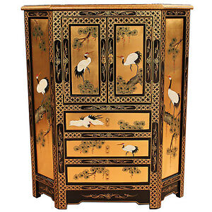 Gold leaf oriental chinese furniture corner cabinet with for Hand painted oriental furniture