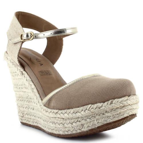Women's Ceresnia beige espadrille closed-toe wedge