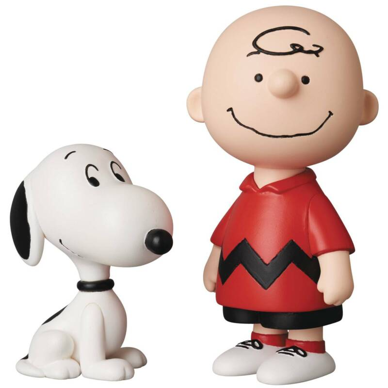 Medicom Peanuts Charlie Brown and Snoopy UDF Figure Set