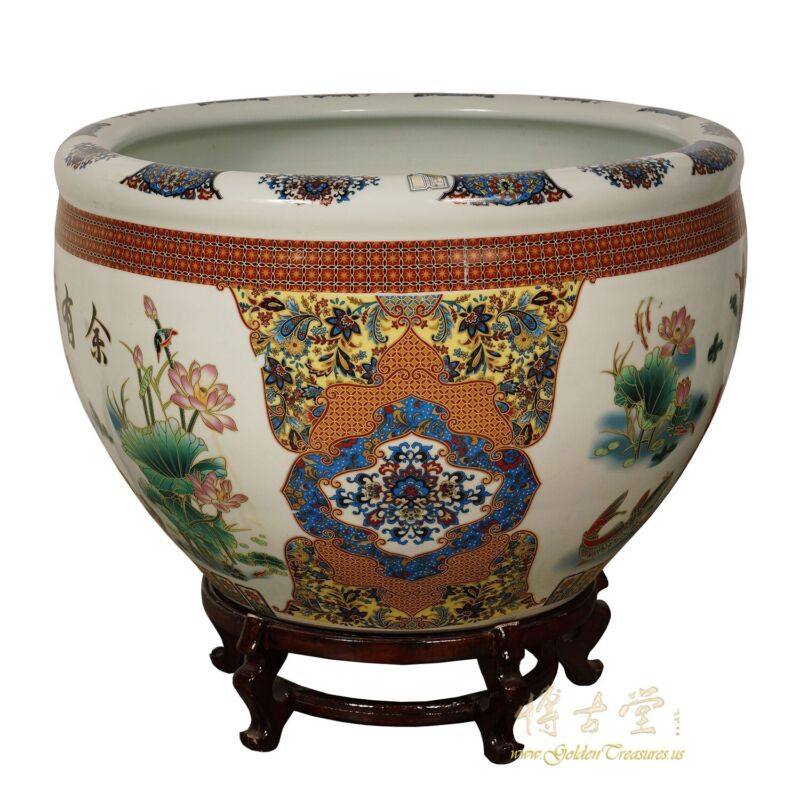 Early 20 Century Antique Chinese Famille Rose Porcelain Fish Bowl, Planter