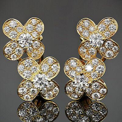 Fabulous! VAN CLEEF & ARPELS Trefle Diamond 18k Yellow Gold Flower Earrings