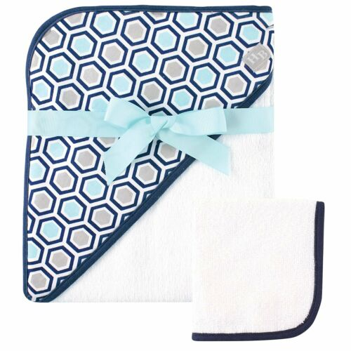 """HUDSON BABY BOYS WOVEN HOODED TOWEL AND WASHCLOTH 30"""" X 36"""" GIFT SET HONEYCOMB"""