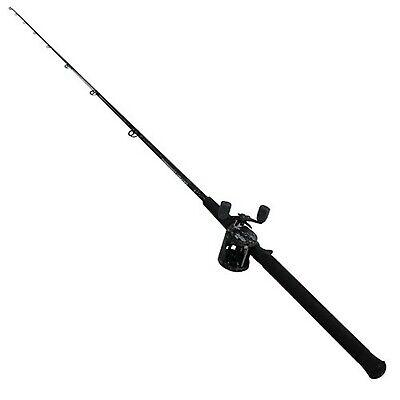 Abu Garcia Catfish Commando Fishing Rod and Reel Combo, 7 Feet, Medium Heavy ...