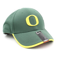 be86719d03555 New with tags Nike Unisex Legacy 91 Dri-Fit Oregon Ducks Football Hat (Green Yellow