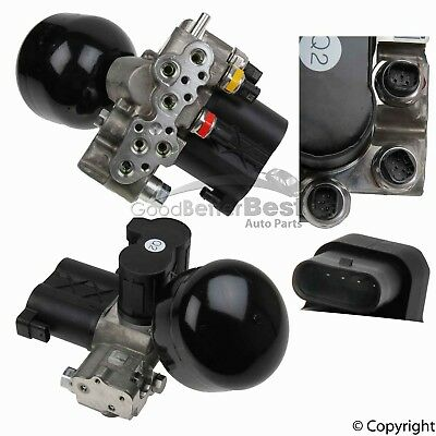 One New Genuine Suspension Self-Leveling Valve Front 2213200958 for Mercedes MB