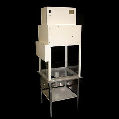 Envirco 10557 Horizontalvertical Laminar Flow Workstation Fume Hood Wstand