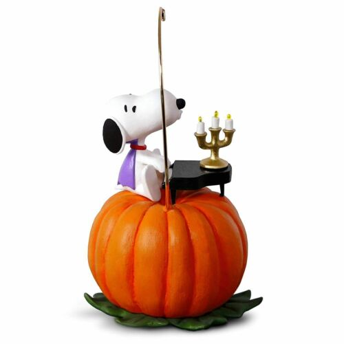 Peanuts Halloween Hallmark 2018 Ornament Peanuts Spooky Snoopy Musical