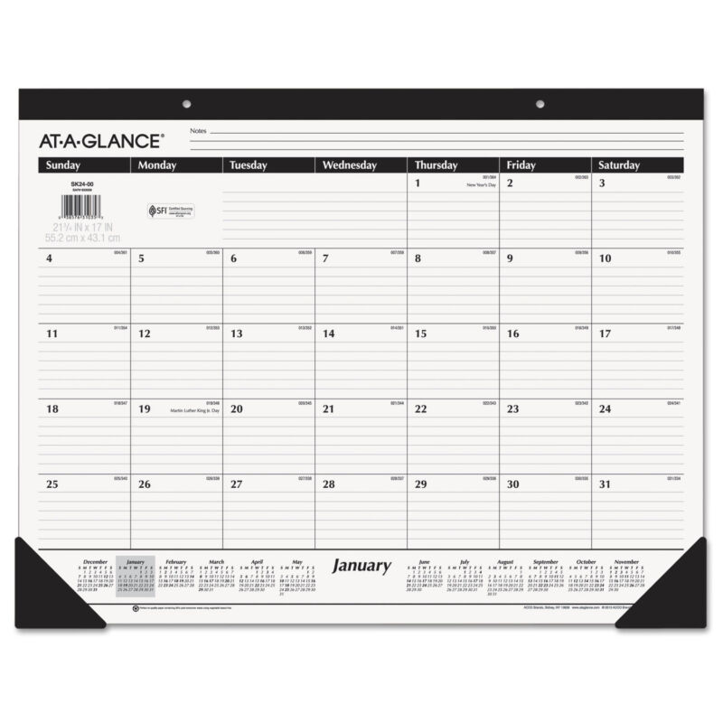 AT-A-GLANCE Ruled Desk Pad 22 x 17 2020 SK2400