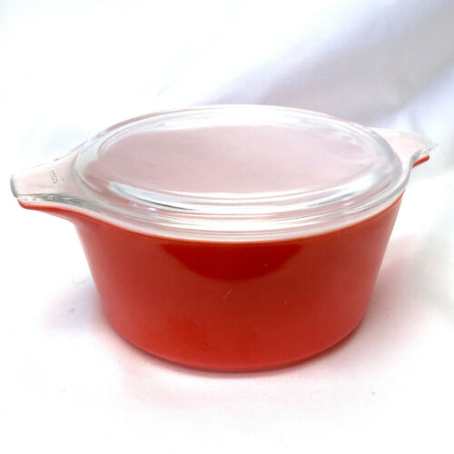 Vintage Pyrex #474 1 1/2 Quart Round Casserole Dish in Red with Clear Lid