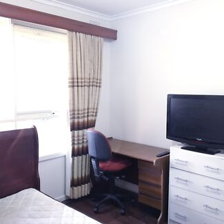 Really nice room,fully furnish,next to free ways & shops,safe & secure