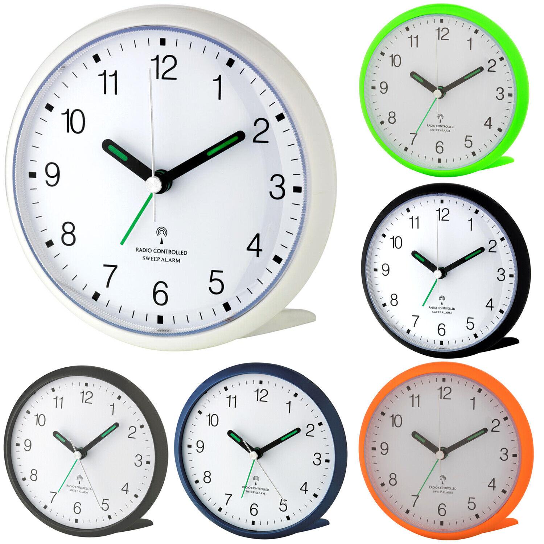 TFA Dostmann 60.1506 analoger Funkwecker lautlos Sweep-Uhrwerk Reisewecker