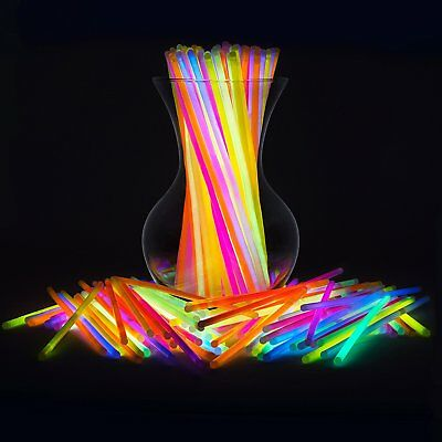 NEW Party Glow In Dark Sticks Bulk 300 Count Neon Party Gift Necklace & Bracelet