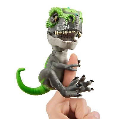 Fingerlings Untamed T-Rex - Tracker BRAND NEW