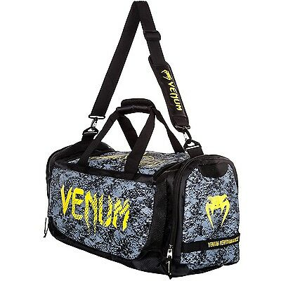"Venum Sporttasche ""Tramo"", black/yellow 02910 - Tasche - MMA-BJJ-Sport Bag"