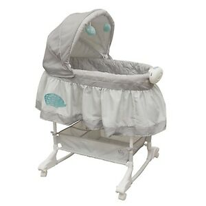 Baby bassinet barely used $50