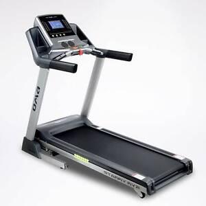 OMA 6631 Treadmill ** 10 year warranty