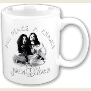 John-Lennon-And-Yoko-Give-Peace-A-Chance-White-Coffee-Mug-Boxed-Official-Gift
