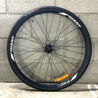 Giant P-XC2 Wheels with brand new tyres South Melbourne Port Phillip Preview
