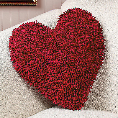1 VALENTINE'S DAY Decor Gift HEART SHAPED RED CHENILLE Throw PILLOW