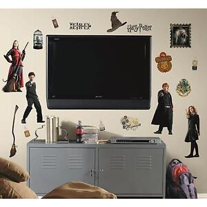 HARRY POTTER wall stickers 30 decals Ron Hermione Hogwarts Wizards room decor