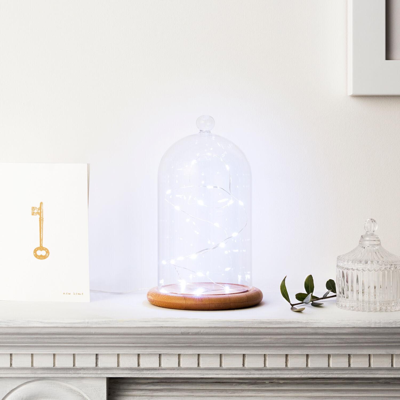 Deko glasglocke glashaube holzboden hochzeitsdeko for Dekoration innen